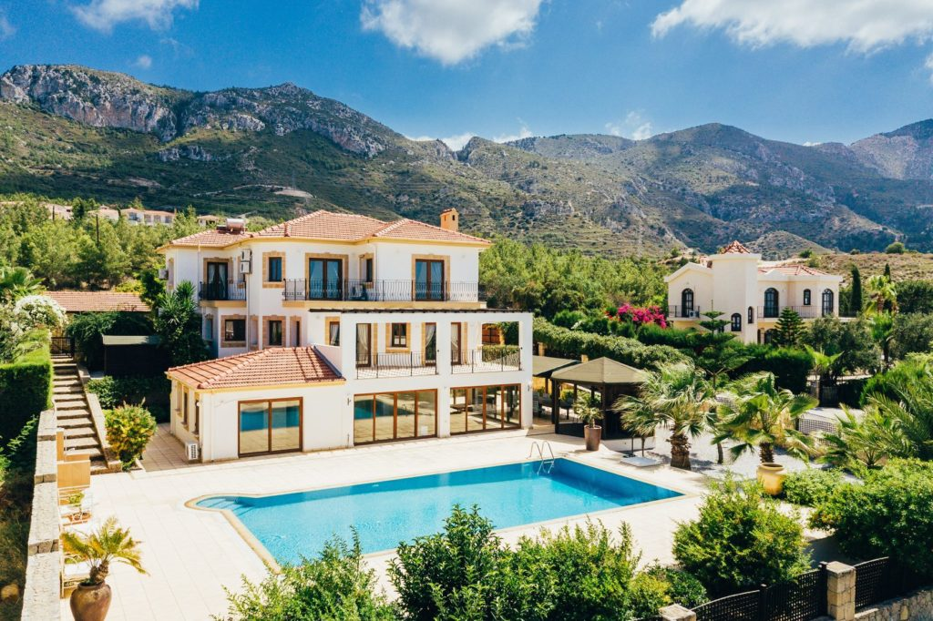 Как получить вид на жительство на Кипре: способы получения - недвижимость Кипра фото 1